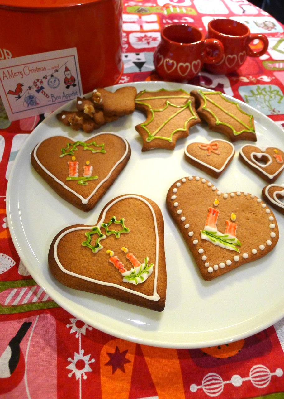 Festive Gingerbread Biscuits