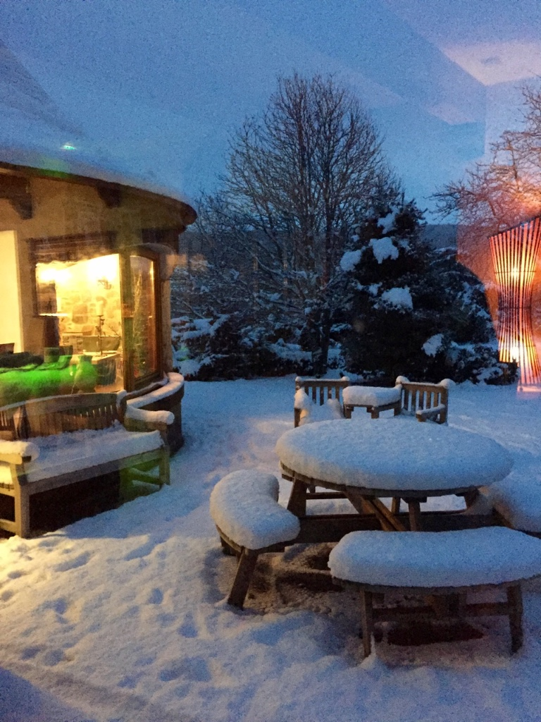 errichel-snow-garden
