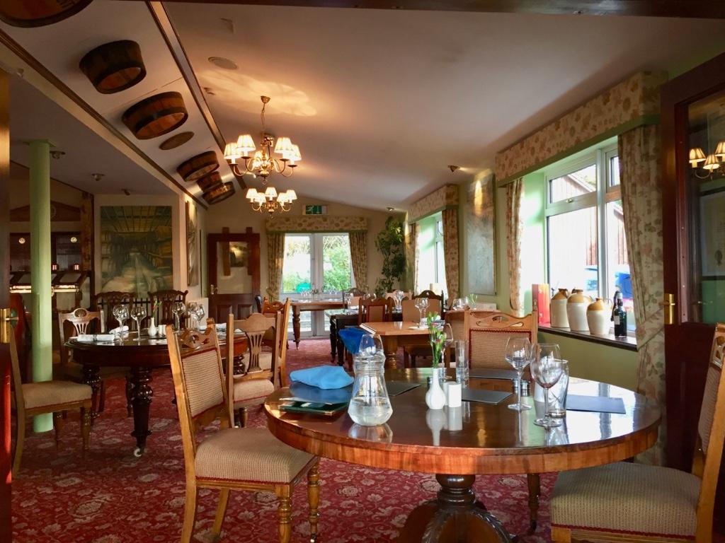 lynnfield-diningroom