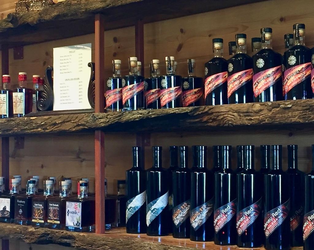 ork-wine-shelf